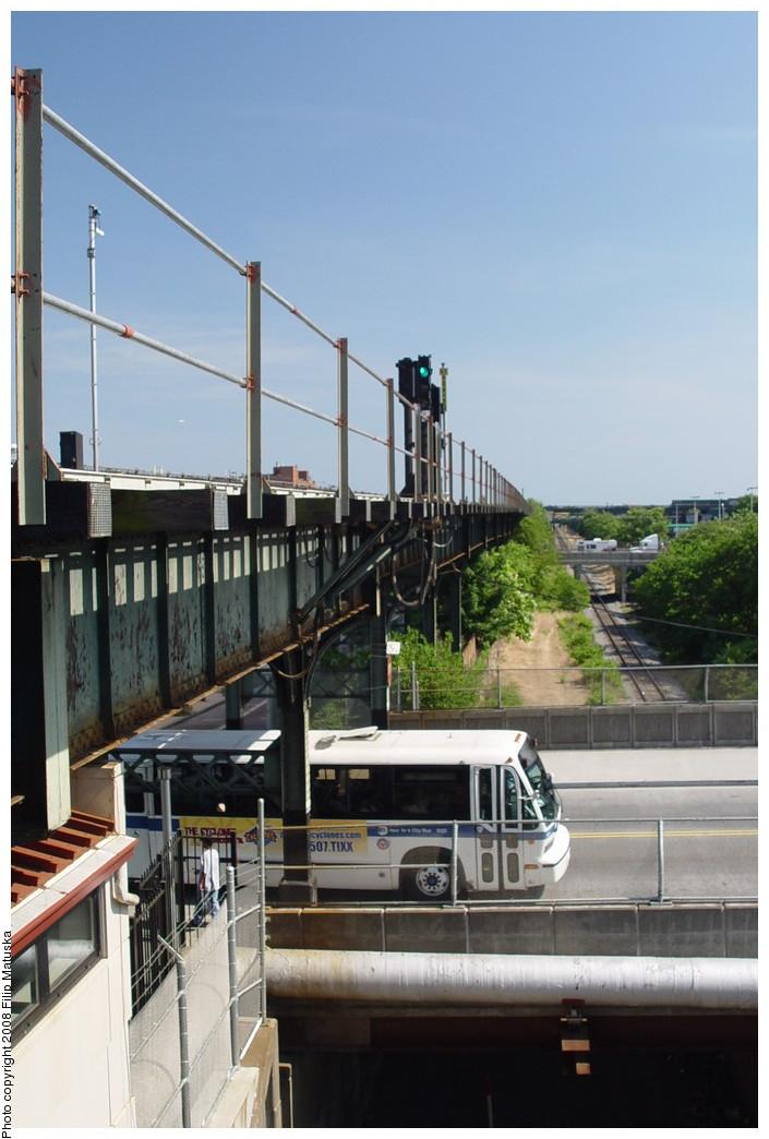 (169k, 705x1044)<br><b>Country:</b> United States<br><b>City:</b> New York<br><b>System:</b> New York City Transit<br><b>Line:</b> BMT Canarsie Line<br><b>Location:</b> Sutter Avenue <br><b>Photo by:</b> Filip Matuska<br><b>Date:</b> 6/7/2007<br><b>Viewed (this week/total):</b> 0 / 1669