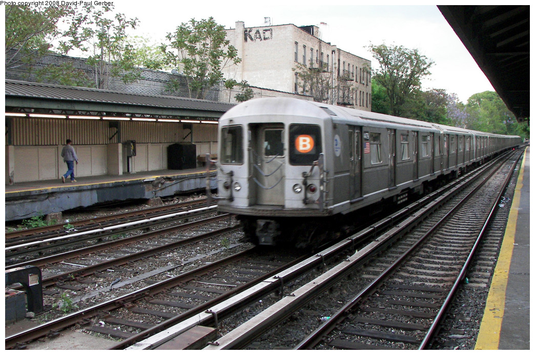 (328k, 1044x694)<br><b>Country:</b> United States<br><b>City:</b> New York<br><b>System:</b> New York City Transit<br><b>Line:</b> BMT Brighton Line<br><b>Location:</b> Avenue H <br><b>Route:</b> B<br><b>Car:</b> R-40M (St. Louis, 1969)  4479 <br><b>Photo by:</b> David-Paul Gerber<br><b>Date:</b> 5/15/2008<br><b>Viewed (this week/total):</b> 0 / 2205