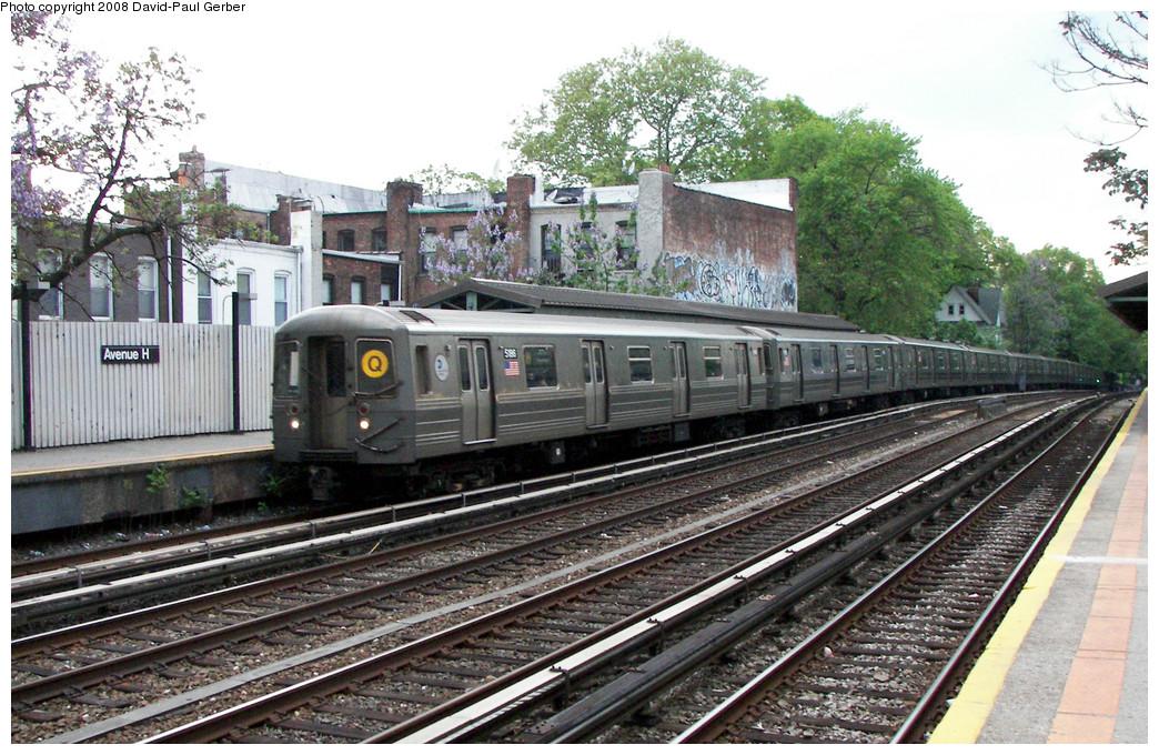 (322k, 1044x680)<br><b>Country:</b> United States<br><b>City:</b> New York<br><b>System:</b> New York City Transit<br><b>Line:</b> BMT Brighton Line<br><b>Location:</b> Avenue H <br><b>Route:</b> Q<br><b>Car:</b> R-68A (Kawasaki, 1988-1989)  5186 <br><b>Photo by:</b> David-Paul Gerber<br><b>Date:</b> 5/15/2008<br><b>Viewed (this week/total):</b> 0 / 1508