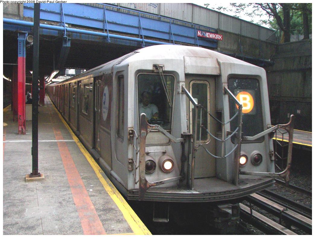 (339k, 1044x788)<br><b>Country:</b> United States<br><b>City:</b> New York<br><b>System:</b> New York City Transit<br><b>Line:</b> BMT Brighton Line<br><b>Location:</b> Newkirk Plaza (fmrly Newkirk Ave.) <br><b>Route:</b> B<br><b>Car:</b> R-40 (St. Louis, 1968)   <br><b>Photo by:</b> David-Paul Gerber<br><b>Date:</b> 5/15/2008<br><b>Viewed (this week/total):</b> 0 / 1653