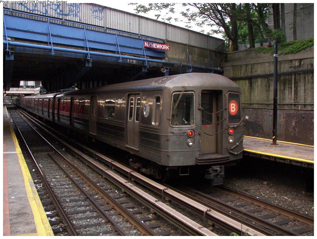 (348k, 1044x788)<br><b>Country:</b> United States<br><b>City:</b> New York<br><b>System:</b> New York City Transit<br><b>Line:</b> BMT Brighton Line<br><b>Location:</b> Newkirk Plaza (fmrly Newkirk Ave.) <br><b>Route:</b> Q<br><b>Car:</b> R-68 (Westinghouse-Amrail, 1986-1988)  2842 <br><b>Photo by:</b> David-Paul Gerber<br><b>Date:</b> 5/15/2008<br><b>Viewed (this week/total):</b> 0 / 1730