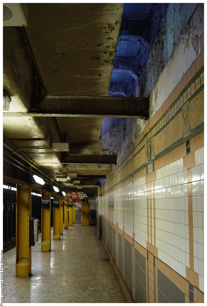 (191k, 705x1044)<br><b>Country:</b> United States<br><b>City:</b> New York<br><b>System:</b> New York City Transit<br><b>Line:</b> IRT West Side Line<br><b>Location:</b> Franklin Street <br><b>Photo by:</b> Filip Matuska<br><b>Date:</b> 6/8/2007<br><b>Viewed (this week/total):</b> 0 / 1291