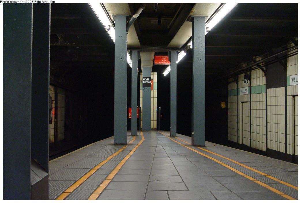(196k, 1044x705)<br><b>Country:</b> United States<br><b>City:</b> New York<br><b>System:</b> New York City Transit<br><b>Line:</b> IRT West Side Line<br><b>Location:</b> Wall Street <br><b>Photo by:</b> Filip Matuska<br><b>Date:</b> 6/8/2007<br><b>Viewed (this week/total):</b> 4 / 2682