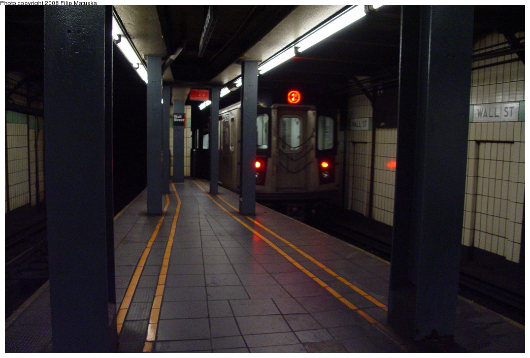 (185k, 1044x705)<br><b>Country:</b> United States<br><b>City:</b> New York<br><b>System:</b> New York City Transit<br><b>Line:</b> IRT West Side Line<br><b>Location:</b> Wall Street <br><b>Route:</b> 2<br><b>Car:</b> R-142 or R-142A (Number Unknown)  <br><b>Photo by:</b> Filip Matuska<br><b>Date:</b> 6/8/2007<br><b>Viewed (this week/total):</b> 0 / 3429