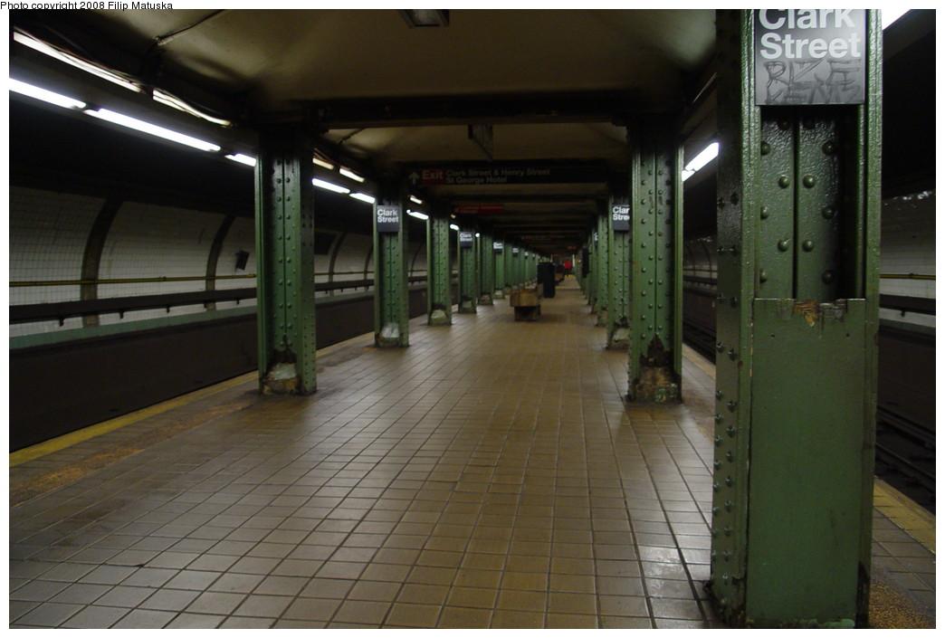 (169k, 1044x705)<br><b>Country:</b> United States<br><b>City:</b> New York<br><b>System:</b> New York City Transit<br><b>Line:</b> IRT Brooklyn Line<br><b>Location:</b> Clark Street <br><b>Photo by:</b> Filip Matuska<br><b>Date:</b> 6/8/2007<br><b>Viewed (this week/total):</b> 0 / 2155