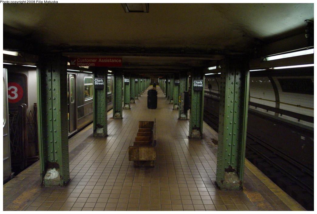 (201k, 1044x705)<br><b>Country:</b> United States<br><b>City:</b> New York<br><b>System:</b> New York City Transit<br><b>Line:</b> IRT Brooklyn Line<br><b>Location:</b> Clark Street <br><b>Photo by:</b> Filip Matuska<br><b>Date:</b> 6/8/2007<br><b>Viewed (this week/total):</b> 2 / 1962