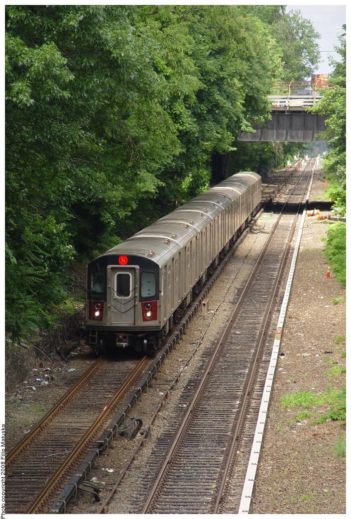 (330k, 705x1044)<br><b>Country:</b> United States<br><b>City:</b> New York<br><b>System:</b> New York City Transit<br><b>Line:</b> IRT Dyre Ave. Line<br><b>Location:</b> Gun Hill Road <br><b>Route:</b> 5<br><b>Car:</b> R-142 or R-142A (Number Unknown)  <br><b>Photo by:</b> Filip Matuska<br><b>Date:</b> 6/12/2007<br><b>Viewed (this week/total):</b> 3 / 2609