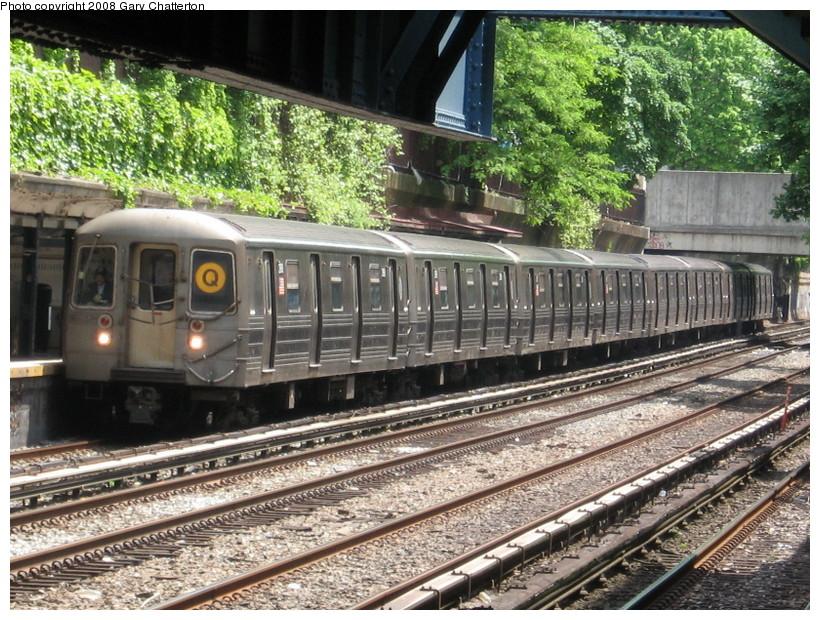 (213k, 820x620)<br><b>Country:</b> United States<br><b>City:</b> New York<br><b>System:</b> New York City Transit<br><b>Line:</b> BMT Brighton Line<br><b>Location:</b> Cortelyou Road <br><b>Route:</b> Q<br><b>Car:</b> R-68 (Westinghouse-Amrail, 1986-1988)  2908 <br><b>Photo by:</b> Gary Chatterton<br><b>Date:</b> 5/21/2008<br><b>Viewed (this week/total):</b> 0 / 2110
