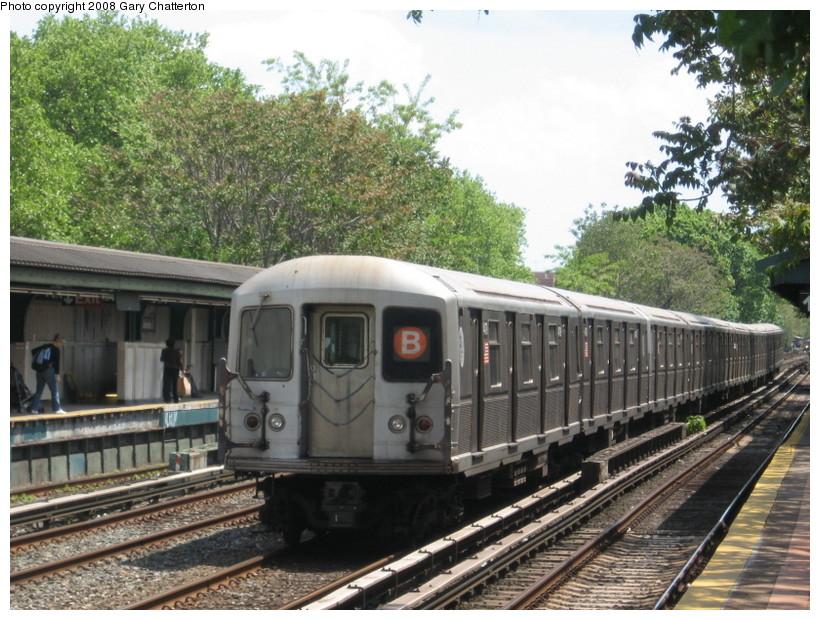 (180k, 820x620)<br><b>Country:</b> United States<br><b>City:</b> New York<br><b>System:</b> New York City Transit<br><b>Line:</b> BMT Brighton Line<br><b>Location:</b> Avenue J <br><b>Route:</b> B<br><b>Car:</b> R-40M (St. Louis, 1969)  4479 <br><b>Photo by:</b> Gary Chatterton<br><b>Date:</b> 5/21/2008<br><b>Viewed (this week/total):</b> 0 / 1731