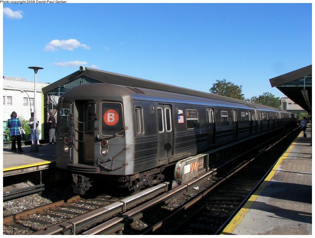 (261k, 1044x788)<br><b>Country:</b> United States<br><b>City:</b> New York<br><b>System:</b> New York City Transit<br><b>Line:</b> BMT Brighton Line<br><b>Location:</b> Kings Highway <br><b>Route:</b> B<br><b>Car:</b> R-68 (Westinghouse-Amrail, 1986-1988)  2884 <br><b>Photo by:</b> David-Paul Gerber<br><b>Date:</b> 5/23/2008<br><b>Viewed (this week/total):</b> 2 / 2530