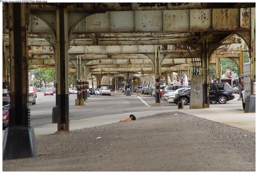 (242k, 1044x705)<br><b>Country:</b> United States<br><b>City:</b> New York<br><b>System:</b> New York City Transit<br><b>Line:</b> IRT White Plains Road Line<br><b>Location:</b> Gun Hill Road <br><b>Photo by:</b> Filip Matuska<br><b>Date:</b> 6/12/2007<br><b>Viewed (this week/total):</b> 4 / 2044