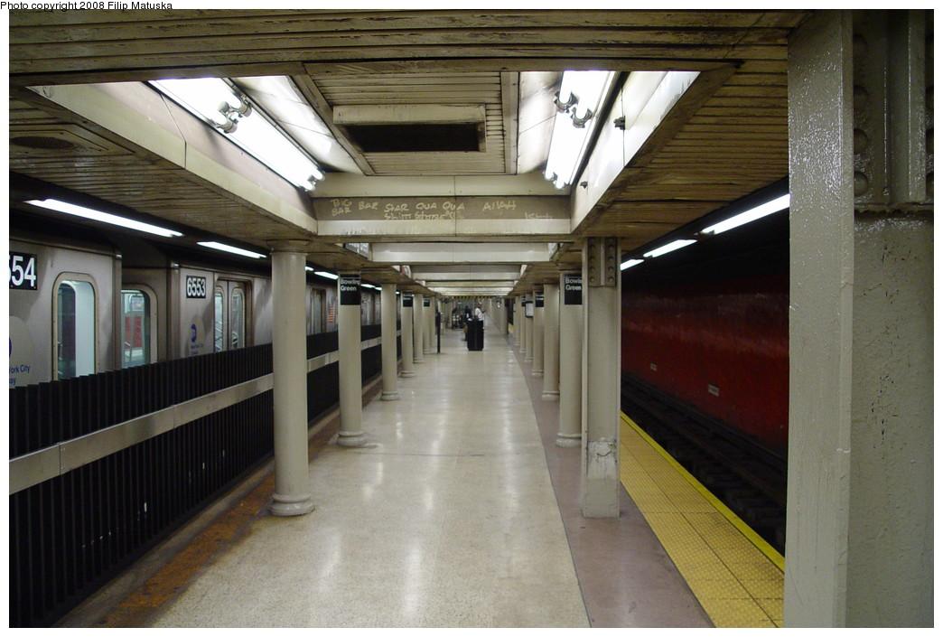(197k, 1044x705)<br><b>Country:</b> United States<br><b>City:</b> New York<br><b>System:</b> New York City Transit<br><b>Line:</b> IRT East Side Line<br><b>Location:</b> Bowling Green <br><b>Photo by:</b> Filip Matuska<br><b>Date:</b> 6/12/2007<br><b>Viewed (this week/total):</b> 0 / 2064