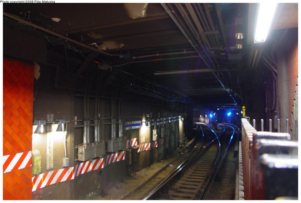 (170k, 1044x705)<br><b>Country:</b> United States<br><b>City:</b> New York<br><b>System:</b> New York City Transit<br><b>Line:</b> IRT East Side Line<br><b>Location:</b> Bowling Green <br><b>Photo by:</b> Filip Matuska<br><b>Date:</b> 6/12/2007<br><b>Viewed (this week/total):</b> 4 / 3420