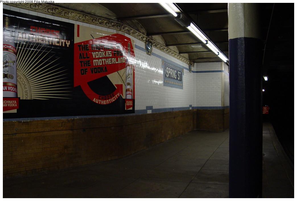 (162k, 1044x705)<br><b>Country:</b> United States<br><b>City:</b> New York<br><b>System:</b> New York City Transit<br><b>Line:</b> IRT East Side Line<br><b>Location:</b> Spring Street <br><b>Photo by:</b> Filip Matuska<br><b>Date:</b> 6/13/2007<br><b>Viewed (this week/total):</b> 6 / 1479