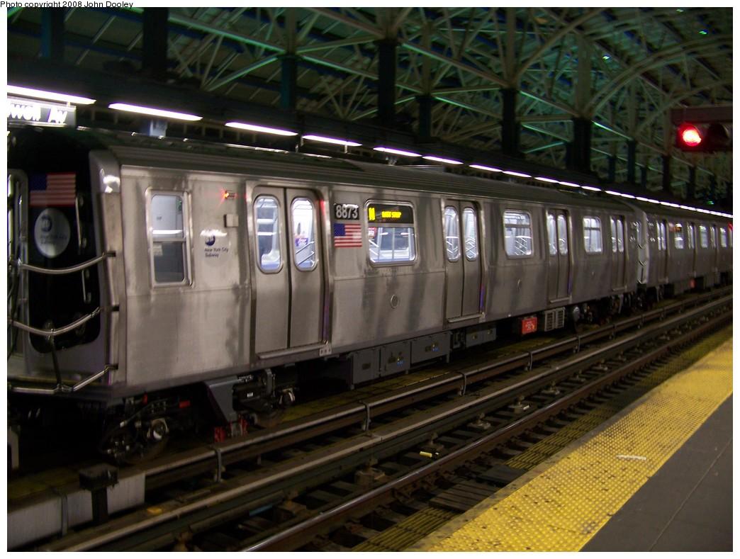 (208k, 1044x789)<br><b>Country:</b> United States<br><b>City:</b> New York<br><b>System:</b> New York City Transit<br><b>Location:</b> Coney Island/Stillwell Avenue<br><b>Route:</b> N<br><b>Car:</b> R-160B (Kawasaki, 2005-2008)  8873 <br><b>Photo by:</b> John Dooley<br><b>Date:</b> 1/18/2007<br><b>Viewed (this week/total):</b> 0 / 1545