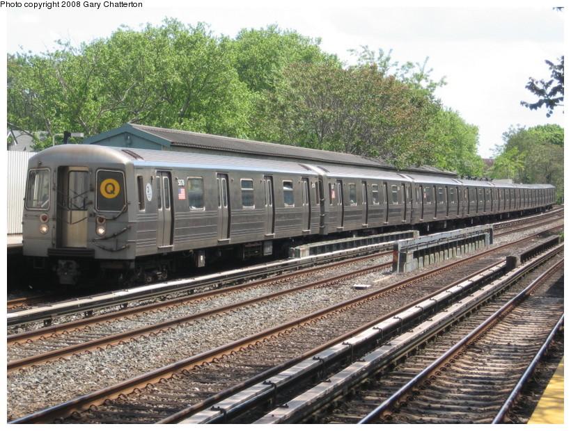(202k, 820x620)<br><b>Country:</b> United States<br><b>City:</b> New York<br><b>System:</b> New York City Transit<br><b>Line:</b> BMT Brighton Line<br><b>Location:</b> Avenue J <br><b>Route:</b> Q<br><b>Car:</b> R-68A (Kawasaki, 1988-1989)  5078 <br><b>Photo by:</b> Gary Chatterton<br><b>Date:</b> 5/21/2008<br><b>Viewed (this week/total):</b> 0 / 1522