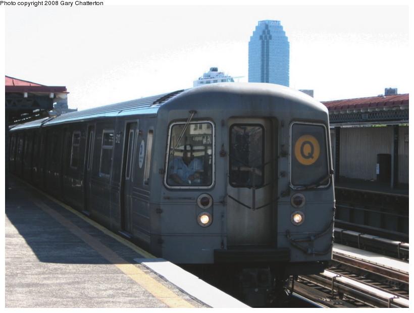 (97k, 820x620)<br><b>Country:</b> United States<br><b>City:</b> New York<br><b>System:</b> New York City Transit<br><b>Line:</b> BMT Astoria Line<br><b>Location:</b> 36th/Washington Aves. <br><b>Route:</b> Q reroute<br><b>Car:</b> R-68A (Kawasaki, 1988-1989)  5112 <br><b>Photo by:</b> Gary Chatterton<br><b>Date:</b> 5/25/2008<br><b>Viewed (this week/total):</b> 1 / 1704