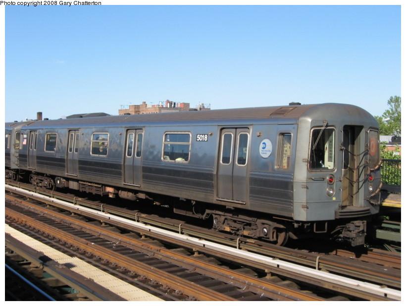 (126k, 820x620)<br><b>Country:</b> United States<br><b>City:</b> New York<br><b>System:</b> New York City Transit<br><b>Line:</b> BMT Astoria Line<br><b>Location:</b> Broadway <br><b>Route:</b> Q reroute<br><b>Car:</b> R-68A (Kawasaki, 1988-1989)  5018 <br><b>Photo by:</b> Gary Chatterton<br><b>Date:</b> 5/25/2008<br><b>Viewed (this week/total):</b> 0 / 1502