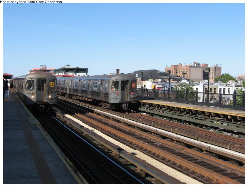 (137k, 820x620)<br><b>Country:</b> United States<br><b>City:</b> New York<br><b>System:</b> New York City Transit<br><b>Line:</b> BMT Astoria Line<br><b>Location:</b> Broadway <br><b>Route:</b> Q reroute<br><b>Car:</b> R-68A (Kawasaki, 1988-1989)  5018 <br><b>Photo by:</b> Gary Chatterton<br><b>Date:</b> 5/25/2008<br><b>Viewed (this week/total):</b> 1 / 1756