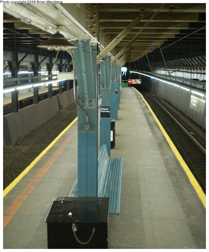 (193k, 679x820)<br><b>Country:</b> United States<br><b>City:</b> New York<br><b>System:</b> New York City Transit<br><b>Line:</b> IRT Dyre Ave. Line<br><b>Location:</b> Pelham Parkway <br><b>Photo by:</b> Brian Weinberg<br><b>Date:</b> 5/25/2008<br><b>Viewed (this week/total):</b> 0 / 2101