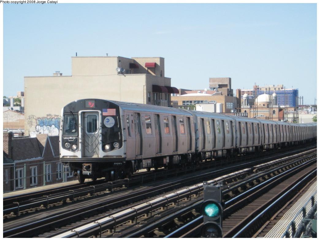 (203k, 1044x788)<br><b>Country:</b> United States<br><b>City:</b> New York<br><b>System:</b> New York City Transit<br><b>Line:</b> BMT Astoria Line<br><b>Location:</b> Broadway <br><b>Route:</b> N<br><b>Car:</b> R-160B (Kawasaki, 2005-2008)  8738 <br><b>Photo by:</b> Jorge Catayi<br><b>Date:</b> 5/25/2008<br><b>Viewed (this week/total):</b> 1 / 1633