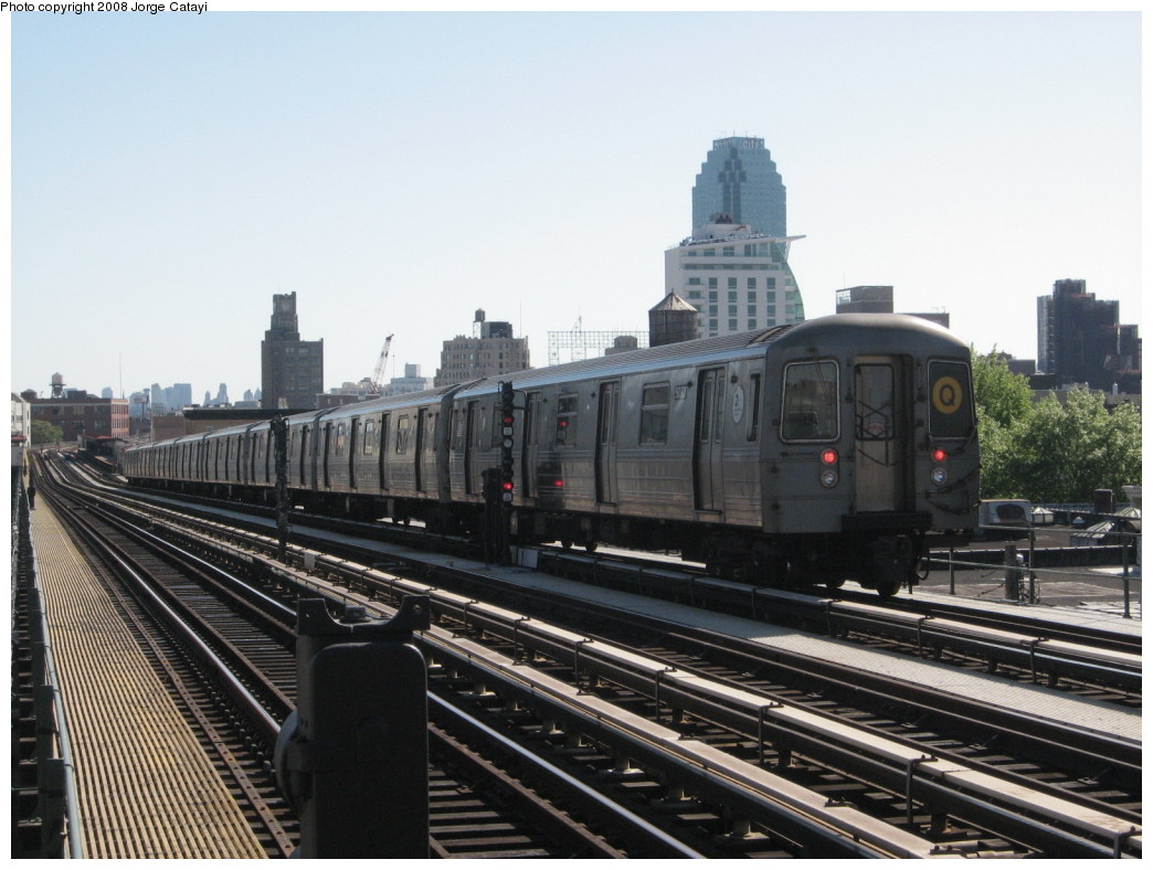 (200k, 1044x788)<br><b>Country:</b> United States<br><b>City:</b> New York<br><b>System:</b> New York City Transit<br><b>Line:</b> BMT Astoria Line<br><b>Location:</b> 36th/Washington Aves. <br><b>Route:</b> Q reroute<br><b>Car:</b> R-68A (Kawasaki, 1988-1989)  5078 <br><b>Photo by:</b> Jorge Catayi<br><b>Date:</b> 5/25/2008<br><b>Viewed (this week/total):</b> 2 / 1642