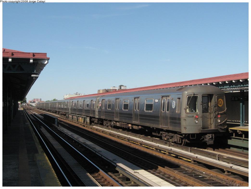 (182k, 1044x788)<br><b>Country:</b> United States<br><b>City:</b> New York<br><b>System:</b> New York City Transit<br><b>Line:</b> BMT Astoria Line<br><b>Location:</b> 36th/Washington Aves. <br><b>Route:</b> Q reroute<br><b>Car:</b> R-68A (Kawasaki, 1988-1989)  5134 <br><b>Photo by:</b> Jorge Catayi<br><b>Date:</b> 5/25/2008<br><b>Viewed (this week/total):</b> 0 / 1419