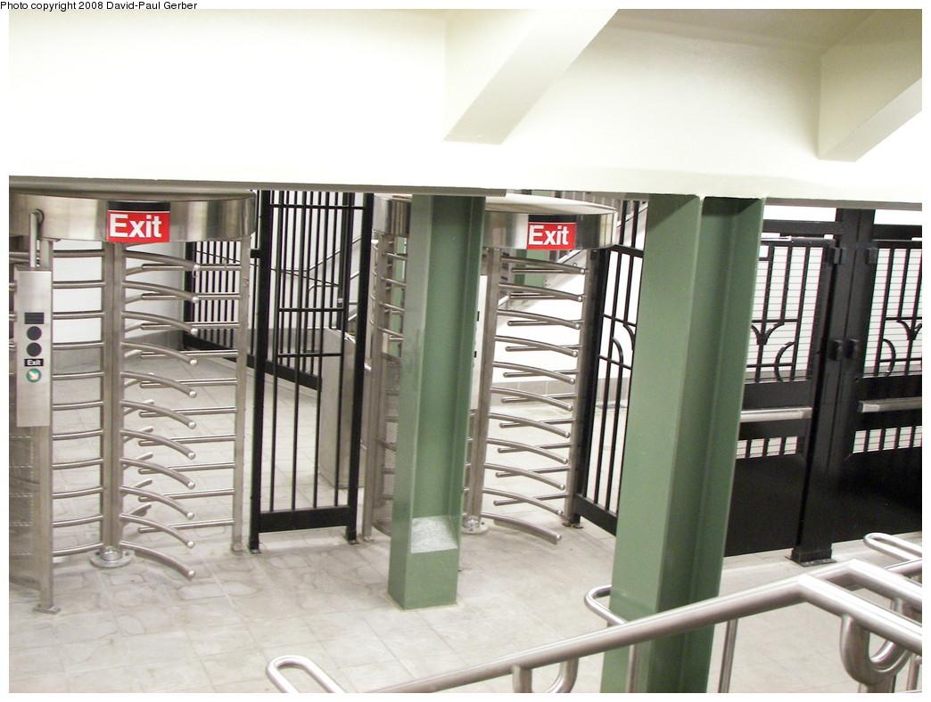(253k, 1044x788)<br><b>Country:</b> United States<br><b>City:</b> New York<br><b>System:</b> New York City Transit<br><b>Line:</b> IRT West Side Line<br><b>Location:</b> 59th Street/Columbus Circle <br><b>Photo by:</b> David-Paul Gerber<br><b>Date:</b> 5/24/2008<br><b>Notes:</b> New entrance at Columbus Circle IRT<br><b>Viewed (this week/total):</b> 1 / 1281