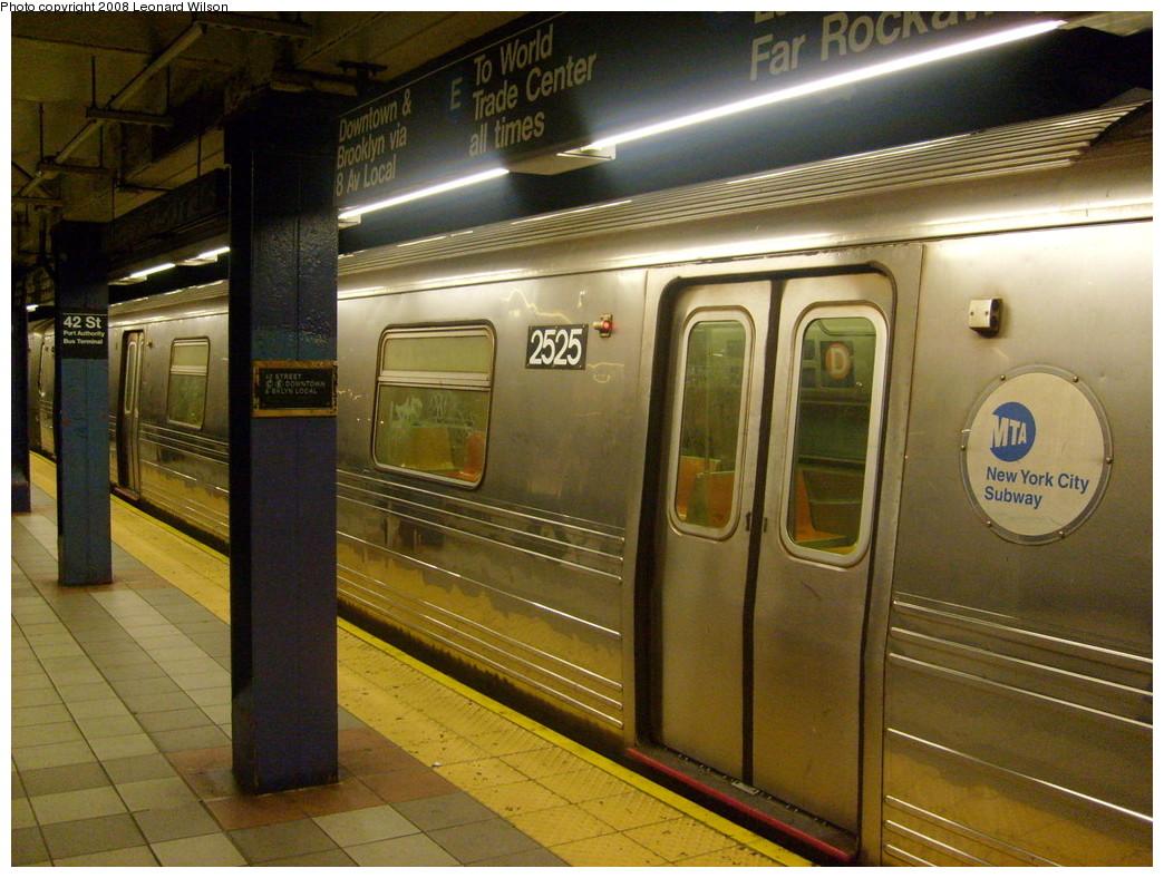 (272k, 1044x788)<br><b>Country:</b> United States<br><b>City:</b> New York<br><b>System:</b> New York City Transit<br><b>Line:</b> IND 8th Avenue Line<br><b>Location:</b> 42nd Street/Port Authority Bus Terminal <br><b>Route:</b> D reroute<br><b>Car:</b> R-68 (Westinghouse-Amrail, 1986-1988)  2525 <br><b>Photo by:</b> Leonard Wilson<br><b>Date:</b> 5/31/2008<br><b>Viewed (this week/total):</b> 0 / 3091
