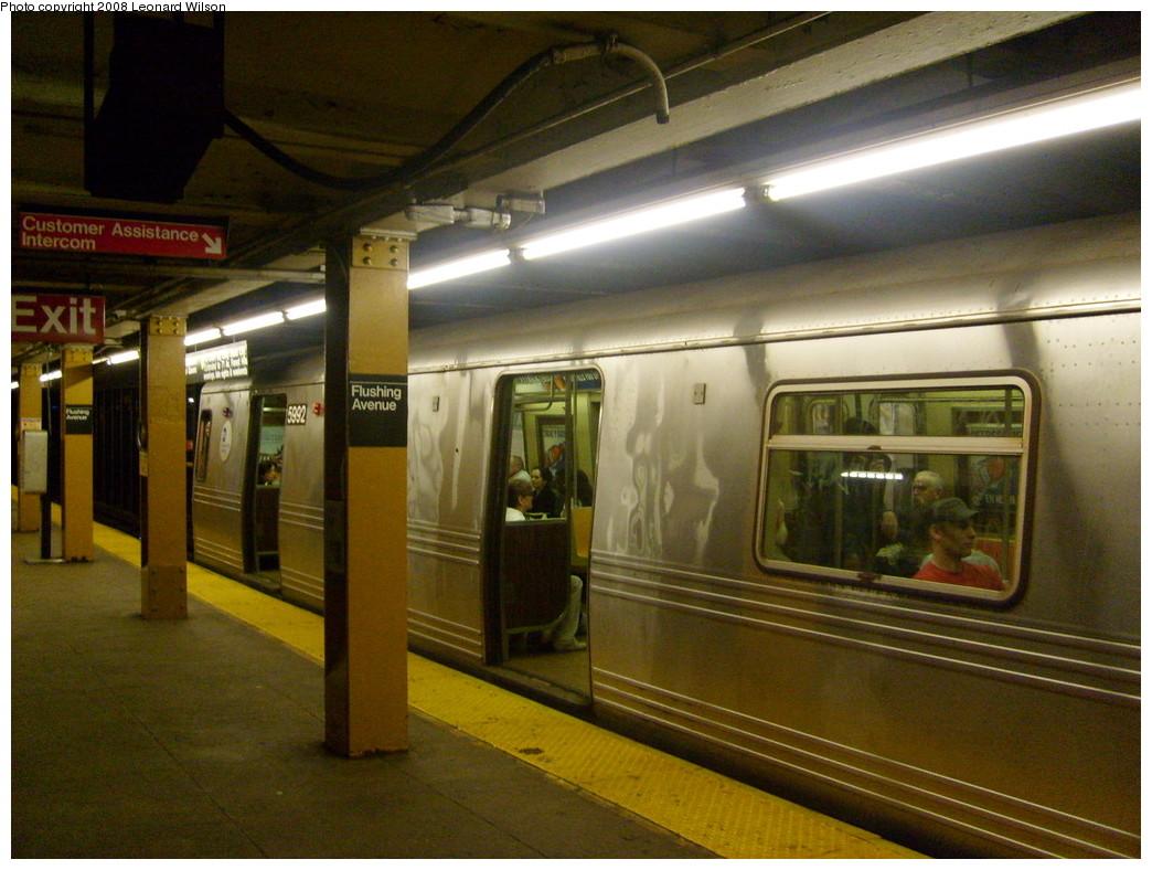 (251k, 1044x788)<br><b>Country:</b> United States<br><b>City:</b> New York<br><b>System:</b> New York City Transit<br><b>Line:</b> IND Crosstown Line<br><b>Location:</b> Flushing Avenue <br><b>Route:</b> G<br><b>Car:</b> R-46 (Pullman-Standard, 1974-75) 5992 <br><b>Photo by:</b> Leonard Wilson<br><b>Date:</b> 5/15/2008<br><b>Viewed (this week/total):</b> 1 / 2759