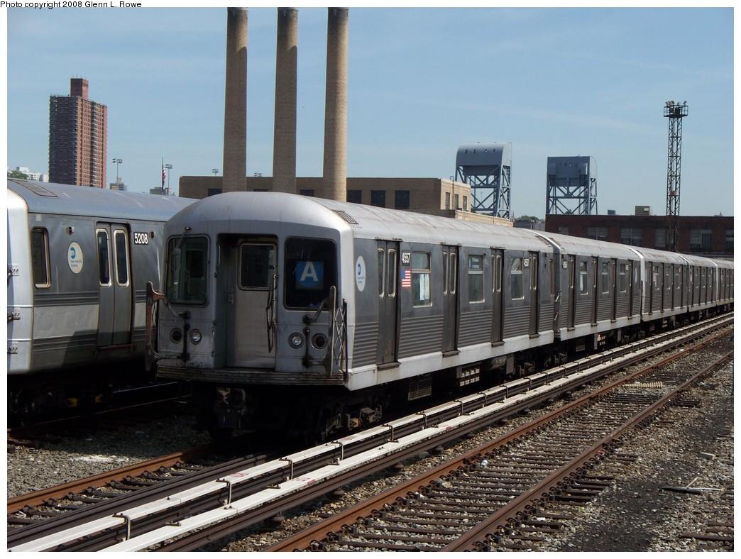 (246k, 1044x788)<br><b>Country:</b> United States<br><b>City:</b> New York<br><b>System:</b> New York City Transit<br><b>Location:</b> 207th Street Yard<br><b>Car:</b> R-42 (St. Louis, 1969-1970)  4557 <br><b>Photo by:</b> Glenn L. Rowe<br><b>Date:</b> 5/30/2008<br><b>Viewed (this week/total):</b> 0 / 1176