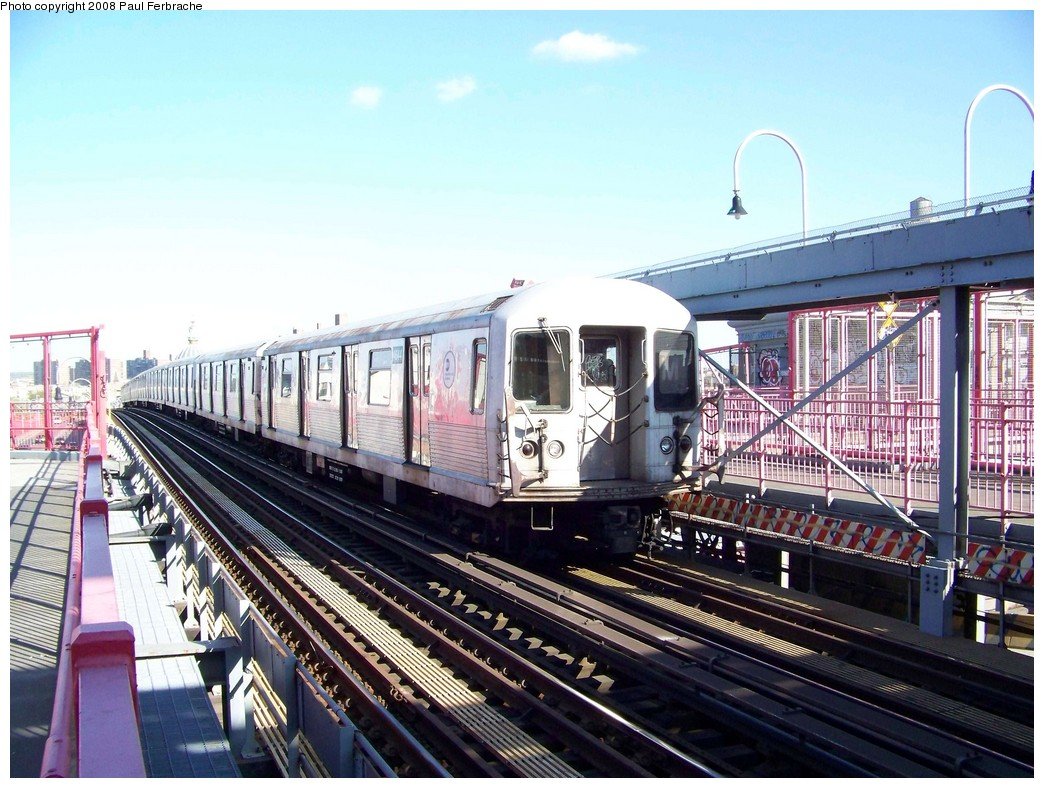 (245k, 1044x788)<br><b>Country:</b> United States<br><b>City:</b> New York<br><b>System:</b> New York City Transit<br><b>Line:</b> BMT Nassau Street/Jamaica Line<br><b>Location:</b> Williamsburg Bridge<br><b>Route:</b> M<br><b>Car:</b> R-42 (St. Louis, 1969-1970)  4644 <br><b>Photo by:</b> Paul Ferbrache<br><b>Date:</b> 4/29/2008<br><b>Viewed (this week/total):</b> 0 / 1285