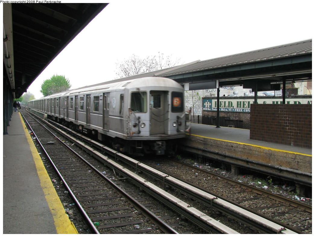 (240k, 1044x788)<br><b>Country:</b> United States<br><b>City:</b> New York<br><b>System:</b> New York City Transit<br><b>Line:</b> BMT Brighton Line<br><b>Location:</b> Kings Highway <br><b>Route:</b> B<br><b>Car:</b> R-40M (St. Louis, 1969)  4509 <br><b>Photo by:</b> Paul Ferbrache<br><b>Date:</b> 5/2/2008<br><b>Viewed (this week/total):</b> 0 / 1258