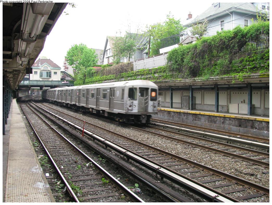 (356k, 1044x788)<br><b>Country:</b> United States<br><b>City:</b> New York<br><b>System:</b> New York City Transit<br><b>Line:</b> BMT Brighton Line<br><b>Location:</b> Beverley Road <br><b>Route:</b> B<br><b>Car:</b> R-40M (St. Louis, 1969)  4525 <br><b>Photo by:</b> Paul Ferbrache<br><b>Date:</b> 5/2/2008<br><b>Viewed (this week/total):</b> 1 / 1812