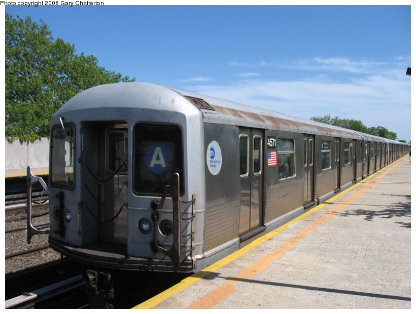 (131k, 820x620)<br><b>Country:</b> United States<br><b>City:</b> New York<br><b>System:</b> New York City Transit<br><b>Line:</b> IND Rockaway<br><b>Location:</b> Aqueduct/North Conduit Avenue <br><b>Route:</b> A<br><b>Car:</b> R-42 (St. Louis, 1969-1970)  4571 <br><b>Photo by:</b> Gary Chatterton<br><b>Date:</b> 5/28/2008<br><b>Viewed (this week/total):</b> 0 / 2691