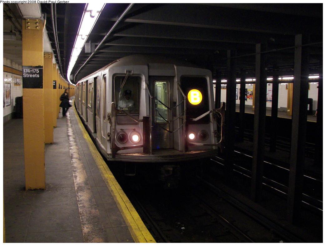 (262k, 1044x788)<br><b>Country:</b> United States<br><b>City:</b> New York<br><b>System:</b> New York City Transit<br><b>Line:</b> IND Concourse Line<br><b>Location:</b> 174th/175th Street <br><b>Route:</b> B<br><b>Car:</b> R-40 (St. Louis, 1968)  4449 <br><b>Photo by:</b> David-Paul Gerber<br><b>Date:</b> 6/6/2008<br><b>Viewed (this week/total):</b> 2 / 2482