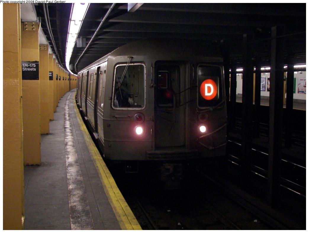 (245k, 1044x788)<br><b>Country:</b> United States<br><b>City:</b> New York<br><b>System:</b> New York City Transit<br><b>Line:</b> IND Concourse Line<br><b>Location:</b> 174th/175th Street <br><b>Route:</b> D<br><b>Car:</b> R-68 (Westinghouse-Amrail, 1986-1988)   <br><b>Photo by:</b> David-Paul Gerber<br><b>Date:</b> 6/6/2008<br><b>Viewed (this week/total):</b> 0 / 1787