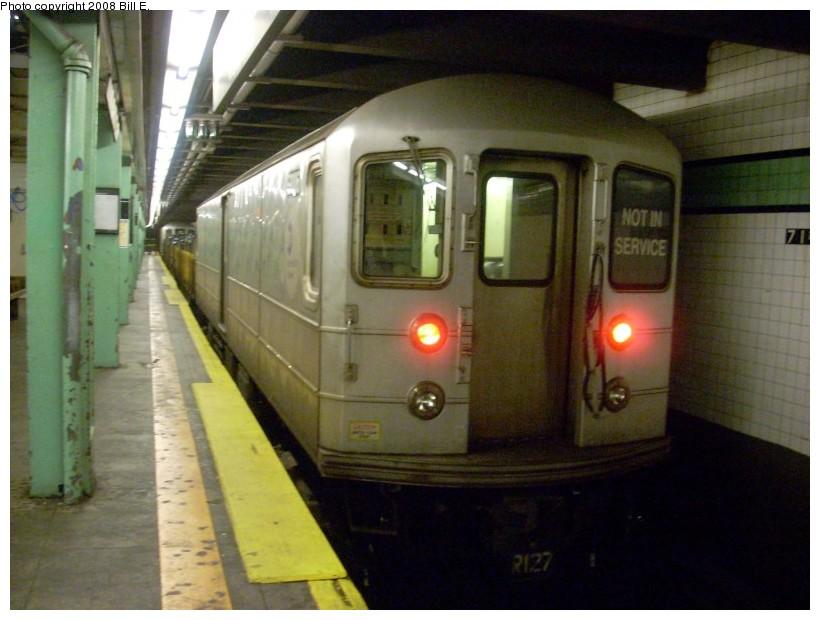 (147k, 820x620)<br><b>Country:</b> United States<br><b>City:</b> New York<br><b>System:</b> New York City Transit<br><b>Line:</b> IND Queens Boulevard Line<br><b>Location:</b> 71st/Continental Aves./Forest Hills <br><b>Route:</b> Work Service<br><b>Car:</b> R-127/R-134 (Kawasaki, 1991-1996) EP006 <br><b>Photo by:</b> Bill E.<br><b>Date:</b> 5/30/2008<br><b>Viewed (this week/total):</b> 0 / 1662