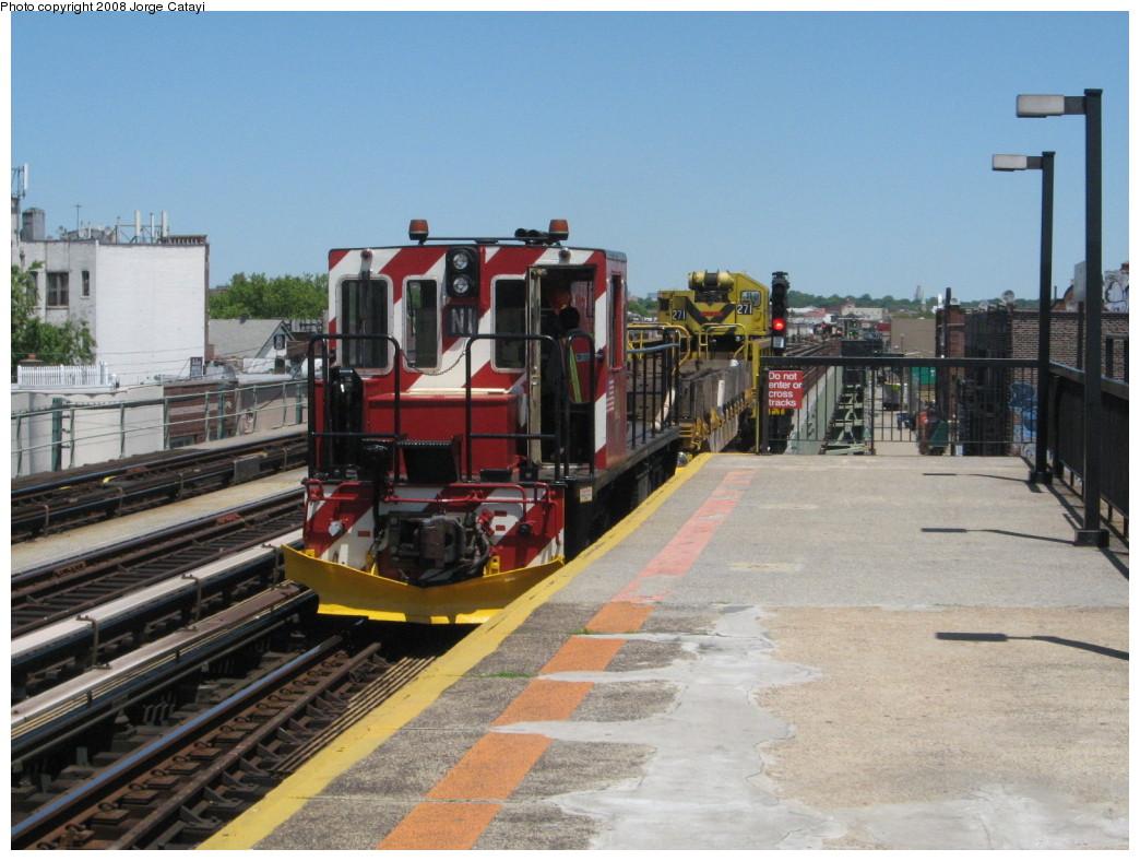 (217k, 1044x788)<br><b>Country:</b> United States<br><b>City:</b> New York<br><b>System:</b> New York City Transit<br><b>Line:</b> BMT West End Line<br><b>Location:</b> 71st Street <br><b>Route:</b> Work Service<br><b>Car:</b> R-47 (SBK) Locomotive  N1 <br><b>Photo by:</b> Jorge Catayi<br><b>Date:</b> 5/28/2008<br><b>Viewed (this week/total):</b> 0 / 1346
