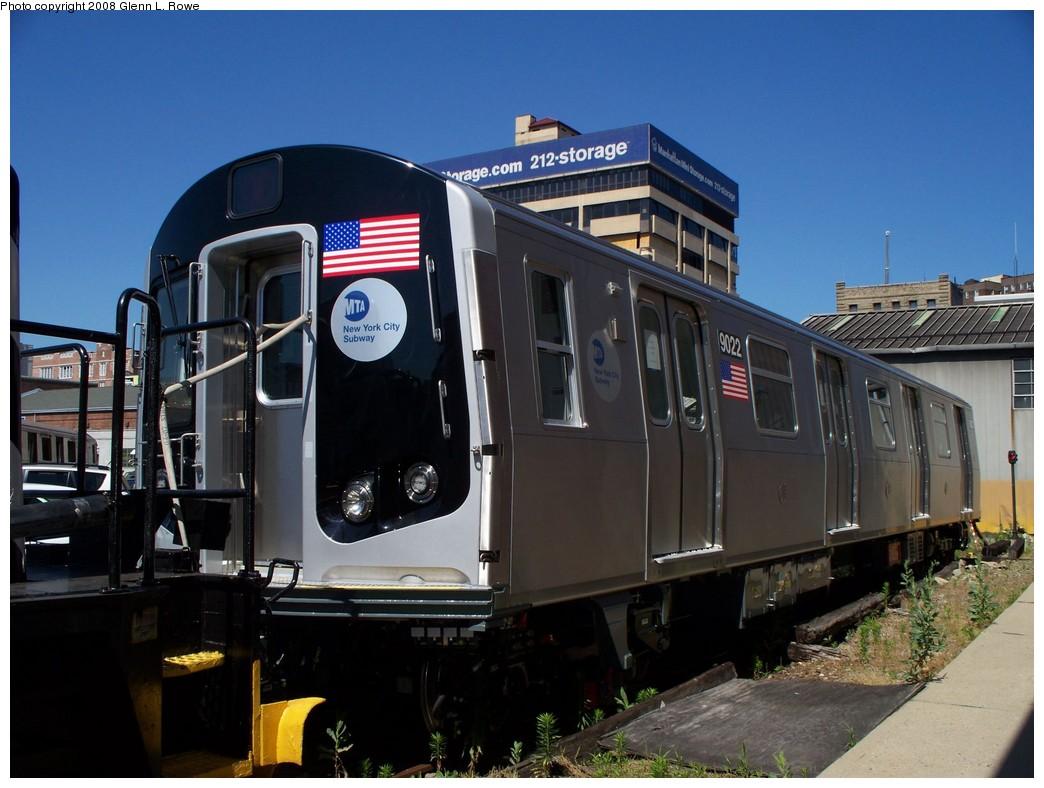 (198k, 1044x788)<br><b>Country:</b> United States<br><b>City:</b> New York<br><b>System:</b> New York City Transit<br><b>Location:</b> 207th Street Yard<br><b>Car:</b> R-160B (Option 1) (Kawasaki, 2008-2009)  9022 <br><b>Photo by:</b> Glenn L. Rowe<br><b>Date:</b> 6/12/2008<br><b>Viewed (this week/total):</b> 0 / 2946