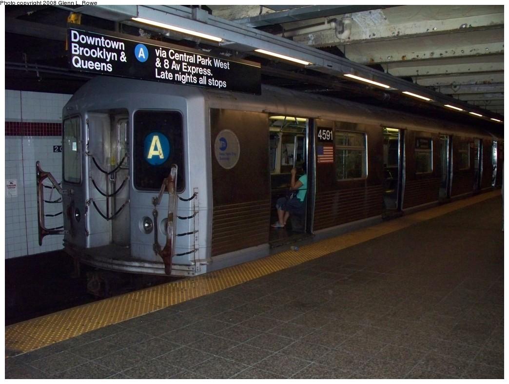 (206k, 1044x788)<br><b>Country:</b> United States<br><b>City:</b> New York<br><b>System:</b> New York City Transit<br><b>Line:</b> IND 8th Avenue Line<br><b>Location:</b> 207th Street <br><b>Route:</b> A<br><b>Car:</b> R-42 (St. Louis, 1969-1970)  4591 <br><b>Photo by:</b> Glenn L. Rowe<br><b>Date:</b> 6/12/2008<br><b>Viewed (this week/total):</b> 0 / 1628
