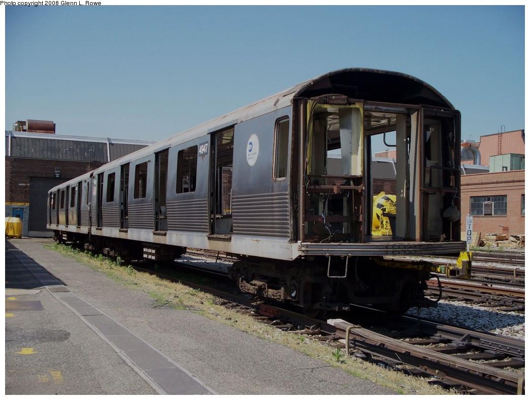 (226k, 1044x788)<br><b>Country:</b> United States<br><b>City:</b> New York<br><b>System:</b> New York City Transit<br><b>Location:</b> 207th Street Yard<br><b>Car:</b> R-42 (St. Louis, 1969-1970)  4947 <br><b>Photo by:</b> Glenn L. Rowe<br><b>Date:</b> 6/13/2008<br><b>Notes:</b> Scrap<br><b>Viewed (this week/total):</b> 2 / 1487