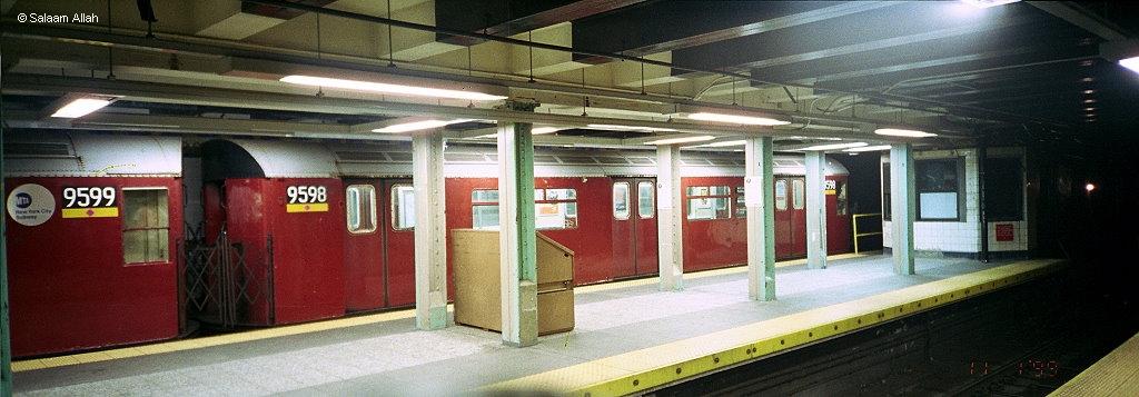 (237k, 1024x357)<br><b>Country:</b> United States<br><b>City:</b> New York<br><b>System:</b> New York City Transit<br><b>Line:</b> IRT Flushing Line<br><b>Location:</b> Main Street/Flushing <br><b>Route:</b> 7<br><b>Car:</b> R-36 World's Fair (St. Louis, 1963-64) 9598 <br><b>Photo by:</b> Salaam Allah<br><b>Date:</b> 11/1/1999<br><b>Viewed (this week/total):</b> 0 / 2618