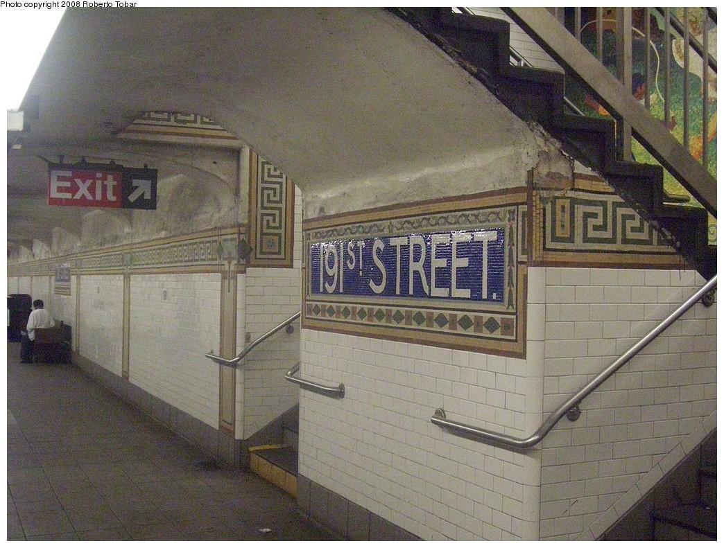 (262k, 1044x791)<br><b>Country:</b> United States<br><b>City:</b> New York<br><b>System:</b> New York City Transit<br><b>Line:</b> IRT West Side Line<br><b>Location:</b> 191st Street <br><b>Photo by:</b> Roberto C. Tobar<br><b>Date:</b> 6/14/2008<br><b>Notes:</b> Mosaic station name tile.<br><b>Viewed (this week/total):</b> 2 / 2705
