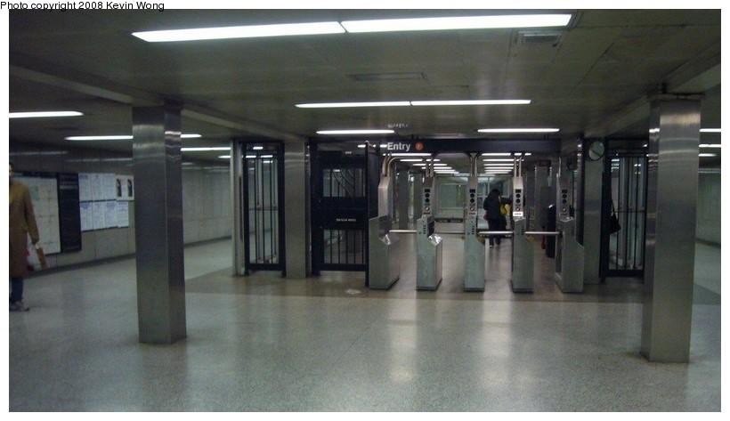(83k, 820x473)<br><b>Country:</b> United States<br><b>City:</b> New York<br><b>System:</b> New York City Transit<br><b>Line:</b> IND 6th Avenue Line<br><b>Location:</b> 57th Street <br><b>Photo by:</b> Kevin Wong<br><b>Date:</b> 3/6/2008<br><b>Notes:</b> Mezzanine.<br><b>Viewed (this week/total):</b> 2 / 2193