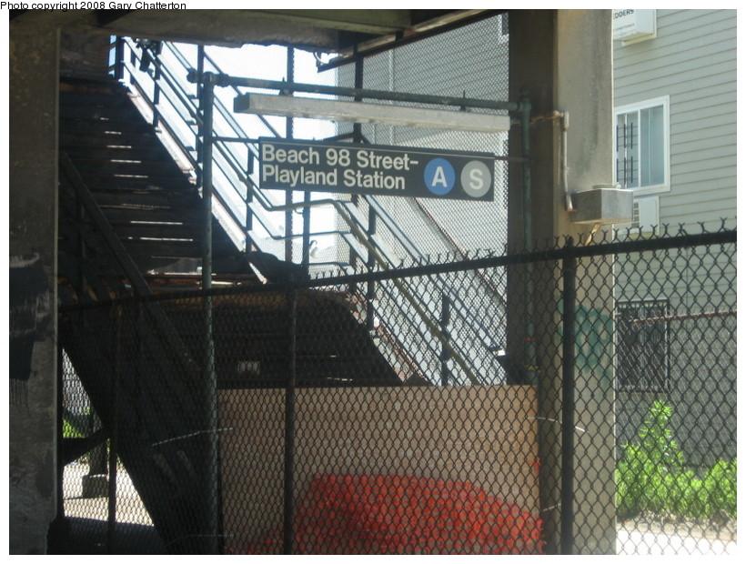(169k, 820x620)<br><b>Country:</b> United States<br><b>City:</b> New York<br><b>System:</b> New York City Transit<br><b>Line:</b> IND Rockaway<br><b>Location:</b> Beach 98th Street/Playland <br><b>Photo by:</b> Gary Chatterton<br><b>Date:</b> 6/11/2008<br><b>Notes:</b> Closed station entrance.<br><b>Viewed (this week/total):</b> 0 / 1615