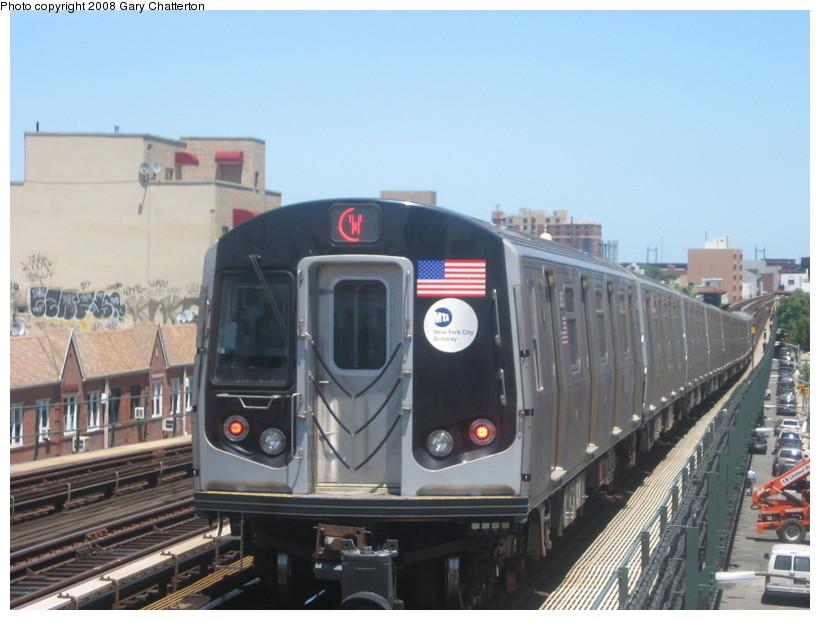 (120k, 820x620)<br><b>Country:</b> United States<br><b>City:</b> New York<br><b>System:</b> New York City Transit<br><b>Line:</b> BMT Astoria Line<br><b>Location:</b> Broadway <br><b>Route:</b> W<br><b>Car:</b> R-160B (Kawasaki, 2005-2008)  8853 <br><b>Photo by:</b> Gary Chatterton<br><b>Date:</b> 6/12/2008<br><b>Viewed (this week/total):</b> 1 / 1942