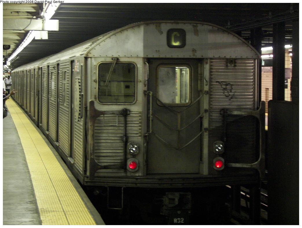 (255k, 1044x788)<br><b>Country:</b> United States<br><b>City:</b> New York<br><b>System:</b> New York City Transit<br><b>Line:</b> IND Fulton Street Line<br><b>Location:</b> Euclid Avenue <br><b>Route:</b> C<br><b>Car:</b> R-32 (Budd, 1964)  3621 <br><b>Photo by:</b> David-Paul Gerber<br><b>Date:</b> 6/11/2008<br><b>Viewed (this week/total):</b> 0 / 1409