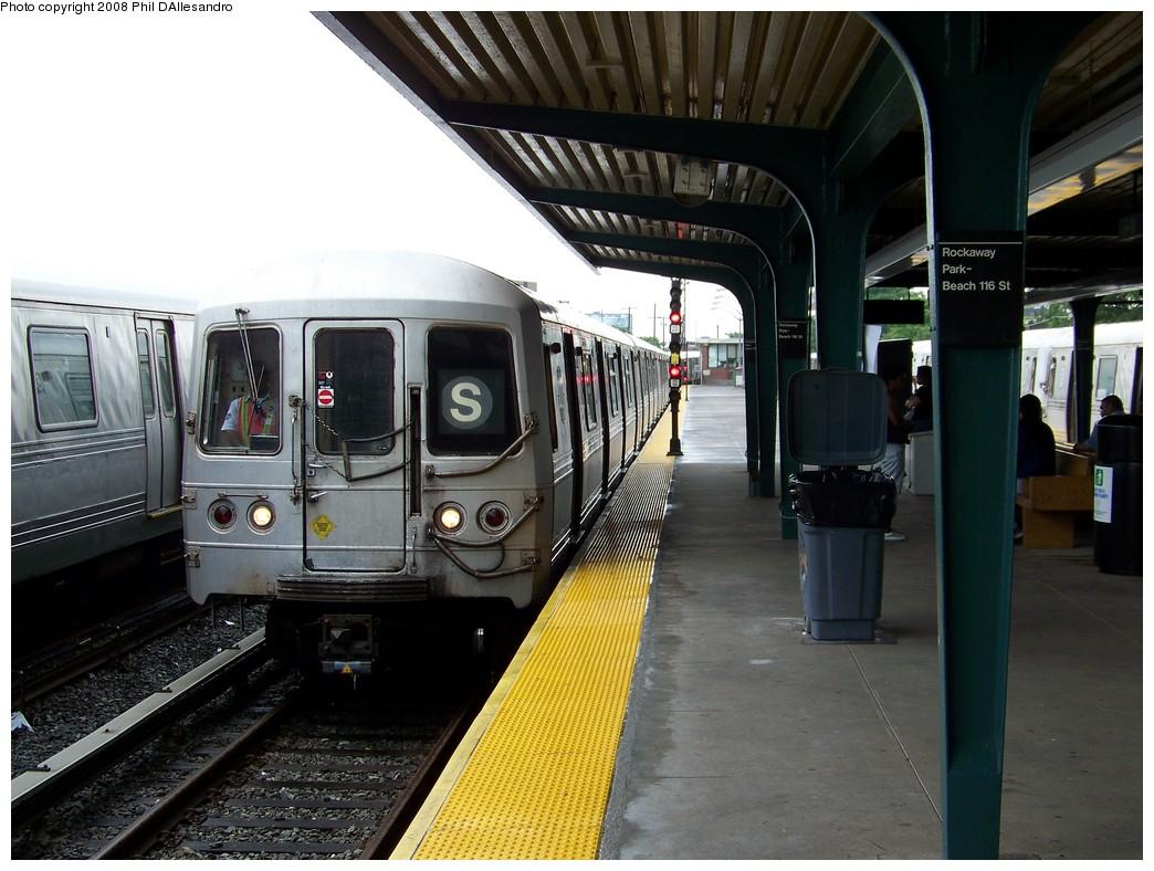 (217k, 1044x788)<br><b>Country:</b> United States<br><b>City:</b> New York<br><b>System:</b> New York City Transit<br><b>Line:</b> IND Rockaway<br><b>Location:</b> Rockaway Park/Beach 116th Street <br><b>Route:</b> S<br><b>Car:</b> R-44 (St. Louis, 1971-73) 5416 <br><b>Photo by:</b> Philip D'Allesandro<br><b>Date:</b> 6/15/2008<br><b>Viewed (this week/total):</b> 0 / 1412