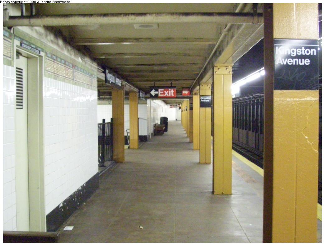 (224k, 1044x791)<br><b>Country:</b> United States<br><b>City:</b> New York<br><b>System:</b> New York City Transit<br><b>Line:</b> IRT Brooklyn Line<br><b>Location:</b> Kingston Avenue <br><b>Photo by:</b> Aliandro Brathwaite<br><b>Date:</b> 6/15/2008<br><b>Notes:</b> Downtown/outbound platform looking east.<br><b>Viewed (this week/total):</b> 0 / 1733
